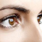 Jugendliches Aussehen durch eine Augenlidkorrektur